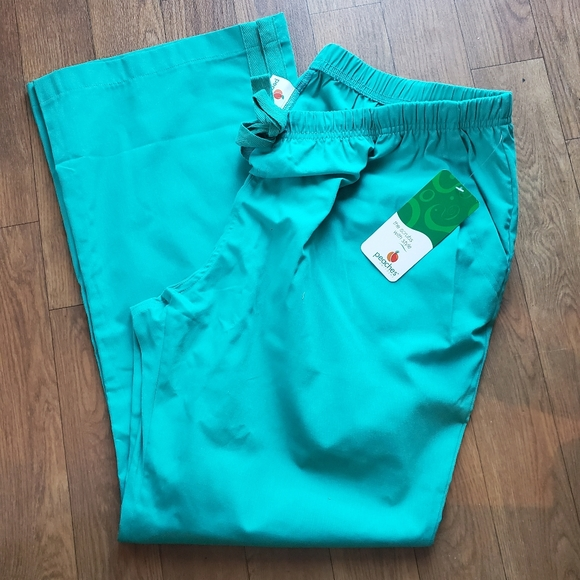 Peaches 2xl plus size scrub pants new with tags